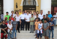 Ilocos Sur Fishermen receives 10 motorized Bangka from BFAR